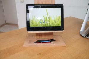 Tablet-Stele elegant und praktisch